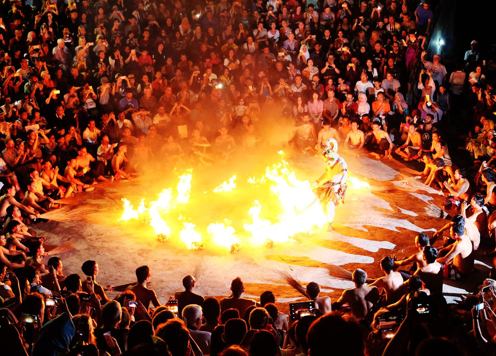 kecak fire dance