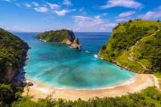 Crystal Bay Beach Nusa Penida Tour Packages