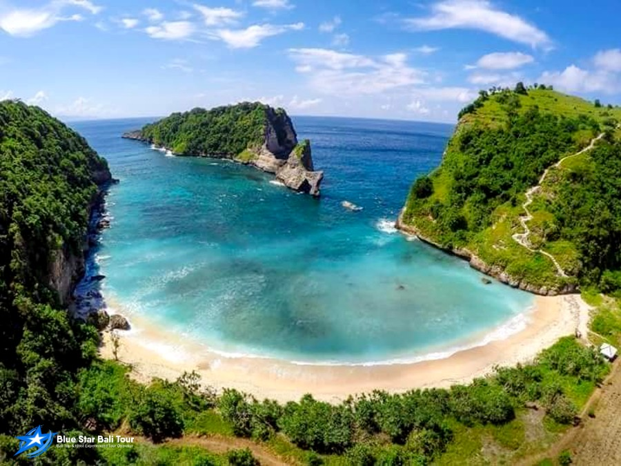 Crystal bay Beach Nusa Penida One Day tour